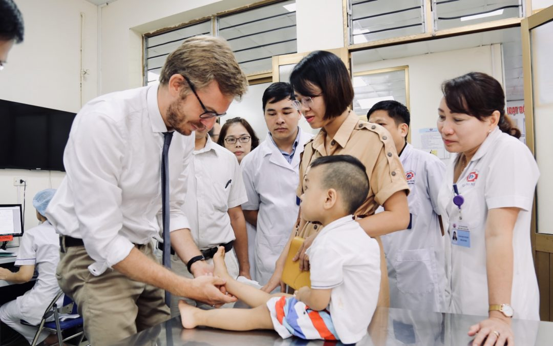 L'Institut de l'Epaule au Vietnam